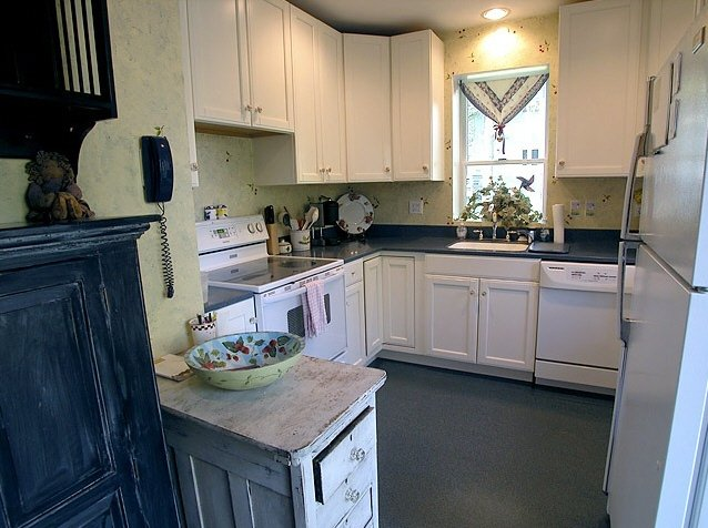 daylily_kitchen_lg